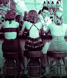 Les avantages et les inconvénients de sortir avec un barman